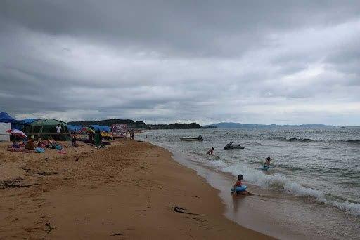 Отдыхающих в Приморье хабаровчан предупреждают о мощном тайфуне