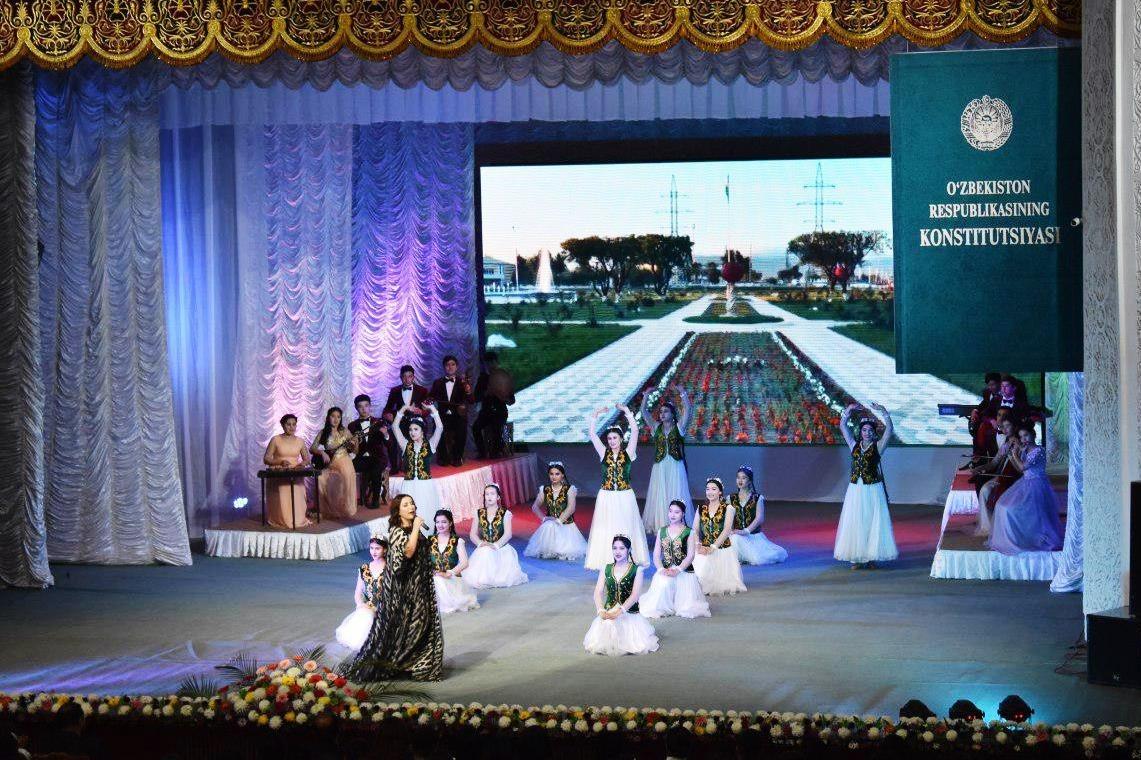 8-декабрь – Ўзбекистон Республикаси Конституцияси қабул қилинган куннинг  27 йиллик байрами муносабати билан байрам тадбири
