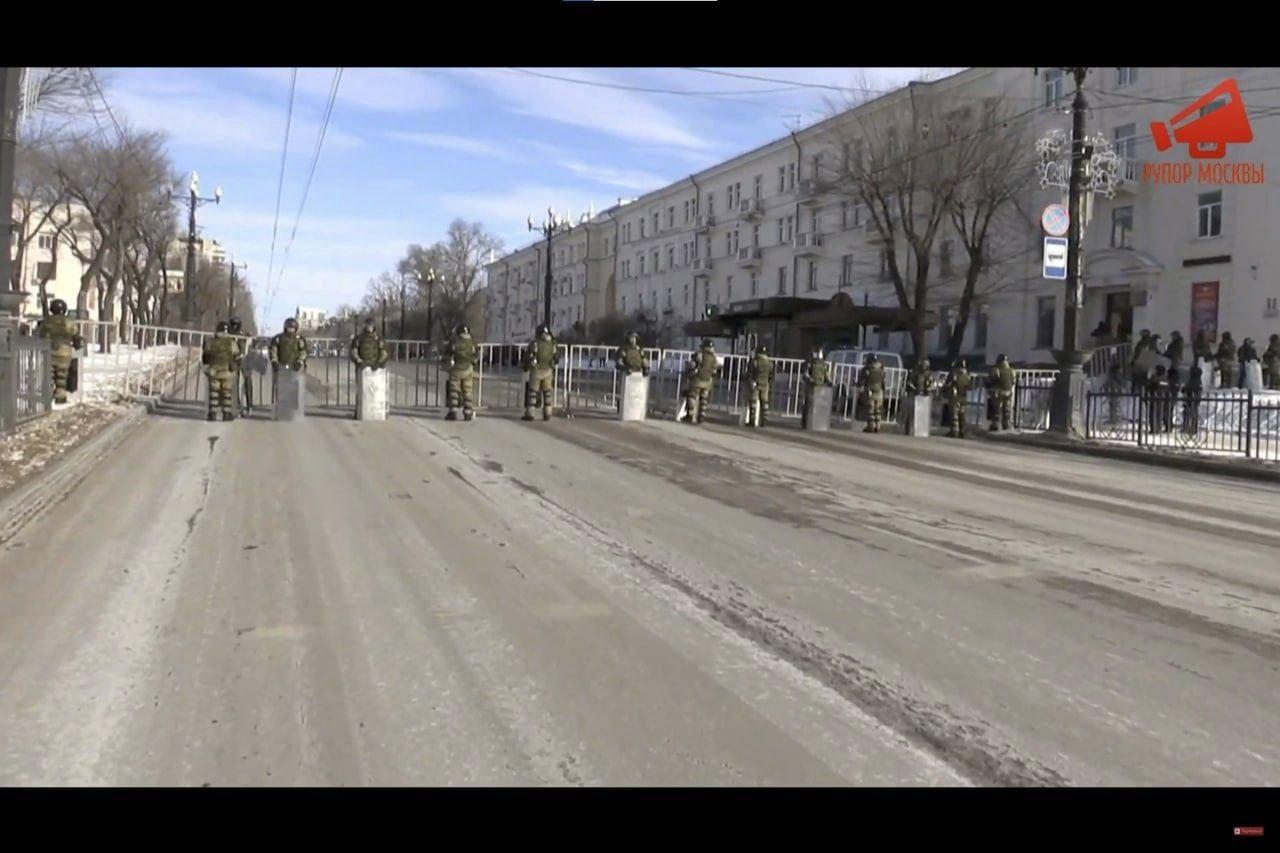 В Хабаровске задержали 13 человек за организацию несанкционированной акции