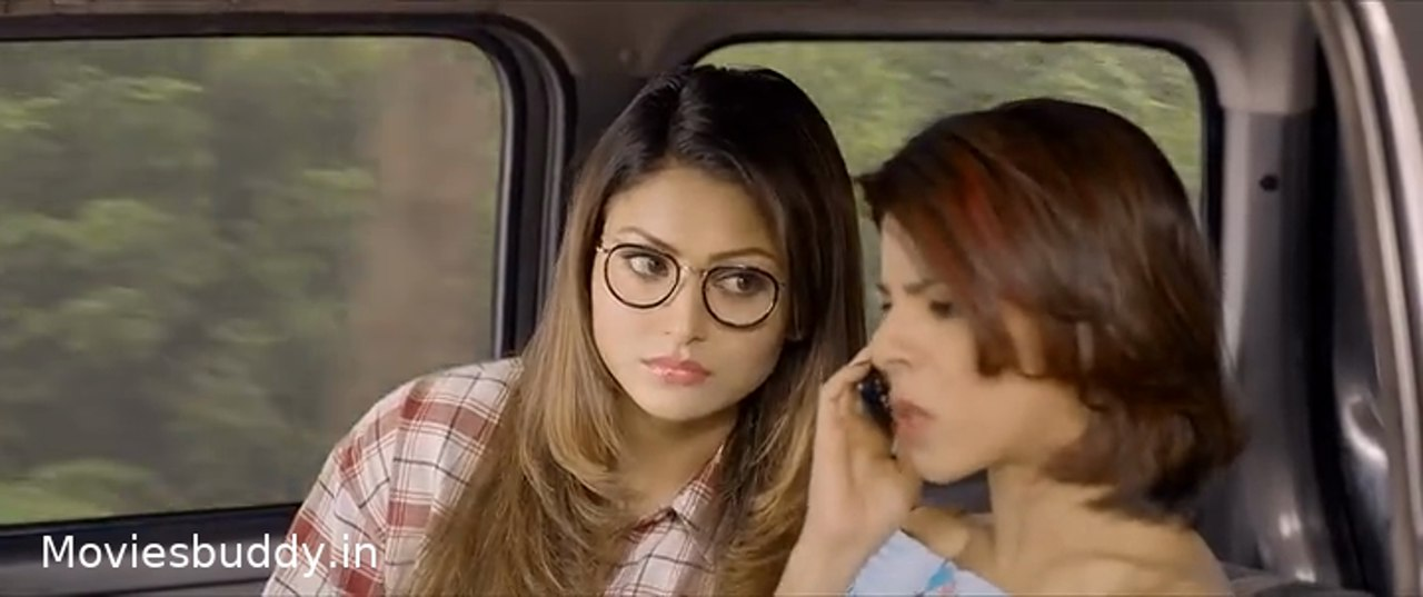 Movie Screenshot of Virgin Bhanupriya