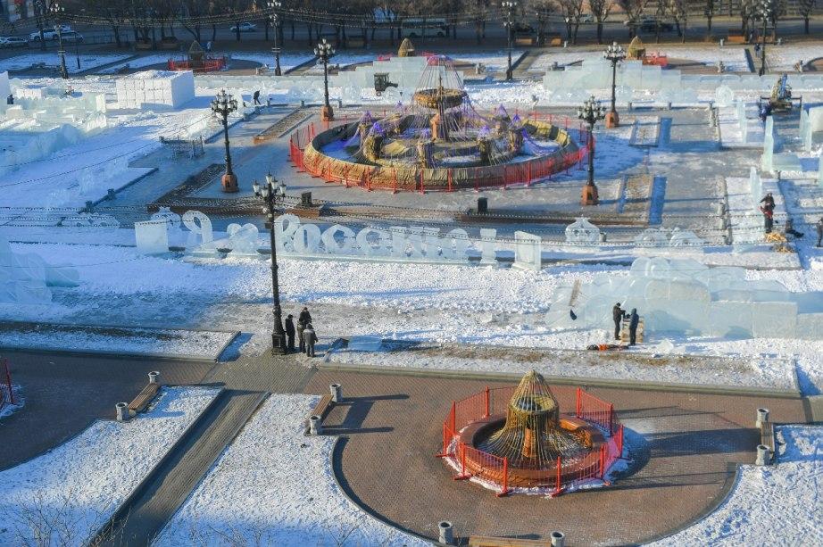 Масштабные работы по оформлению площади им. Ленина продолжаются в Хабаровске