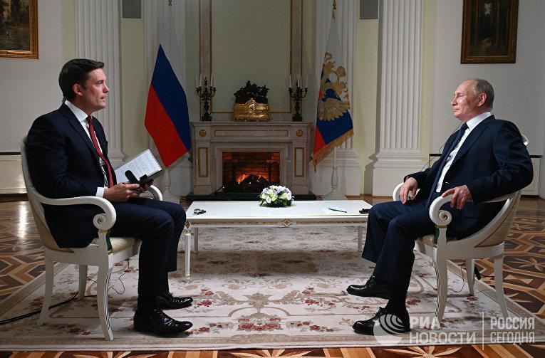 Европейцы восхищены Путиным и российскими СМИ