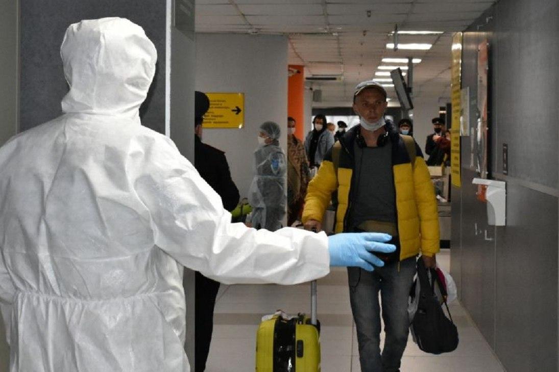 Новые вспышки: Китай ограничивает въезд и выезд из страны