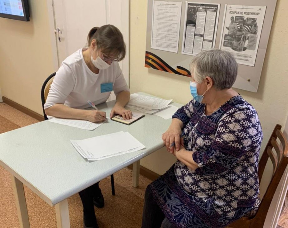 Антиковидные ограничения для престарелых начнут снимать в марте