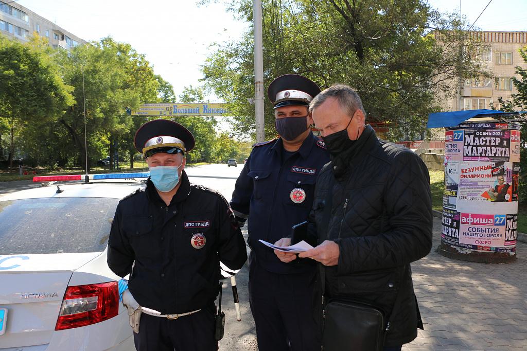 Масочные рейды проходят в автобусах Хабаровска