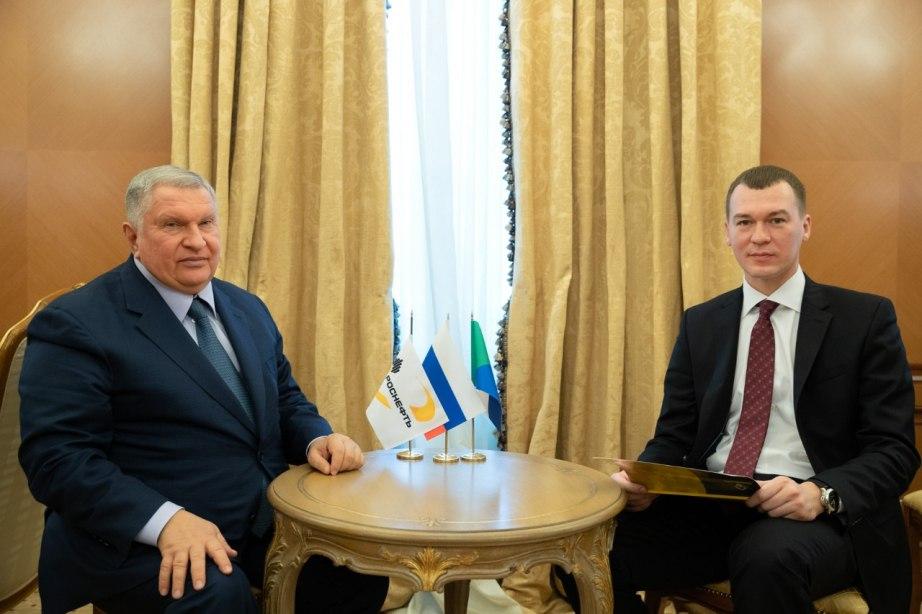 Михаил Дегтярев провел рабочую встречу с Игорем Сечиным