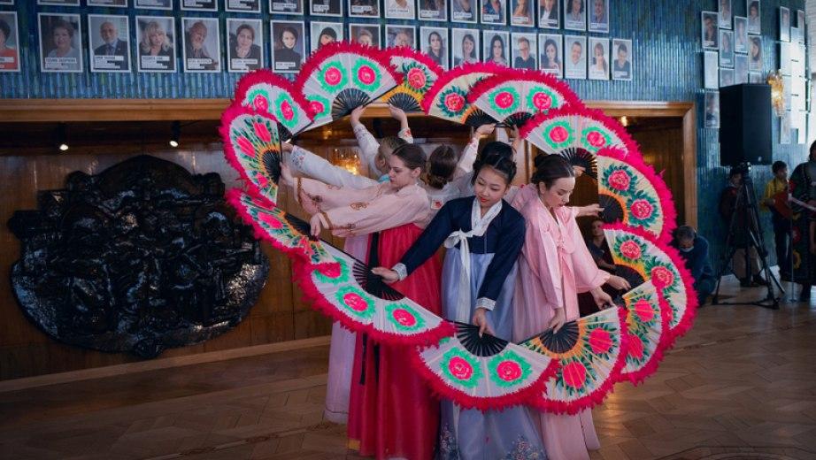 Марафон событий к Международному женскому дню устроят в Хабаровске