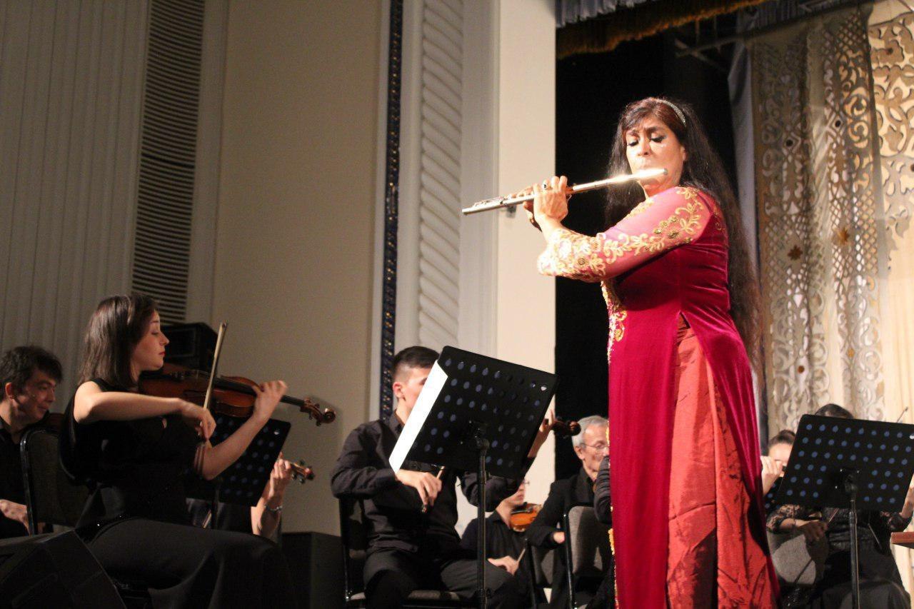 Концерт оркестра «Туркистон» с участием Вивиан Гузман