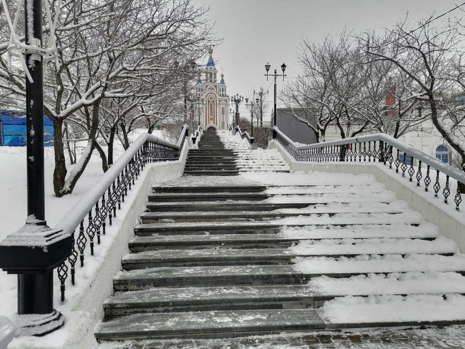 Освещение меняют в Хабаровском парке им. Муравьева-Амурского