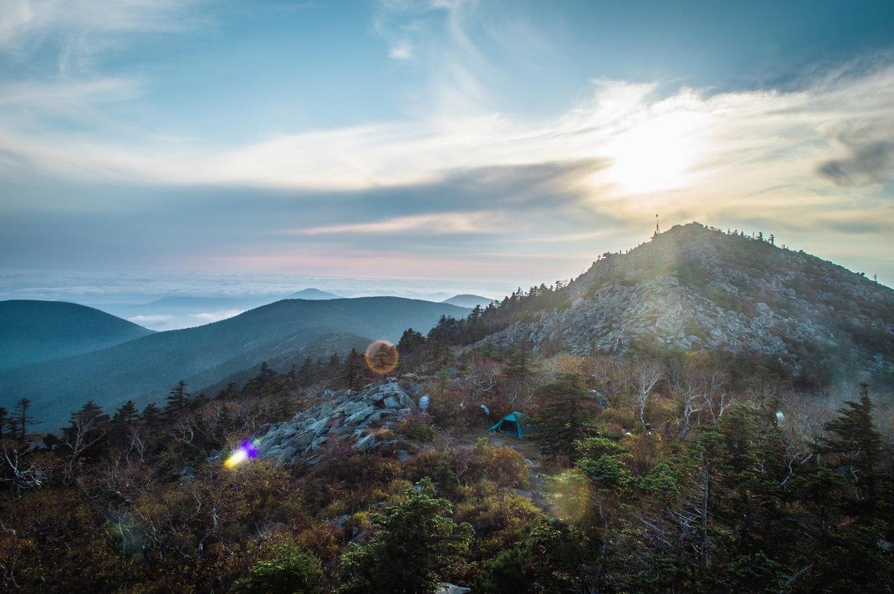 Сопка Рассыпная (гора из камней)