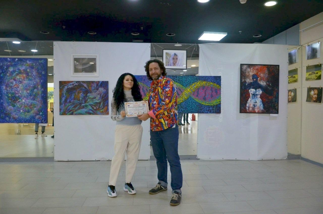 Роман Адлер первую фотовыставку в России провел в Art Future Gallery