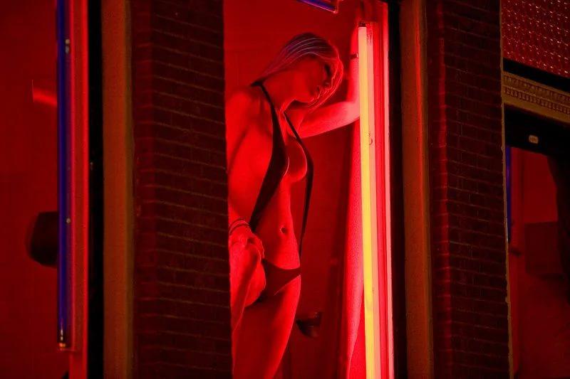 фильм улицы красных фонарей - 11