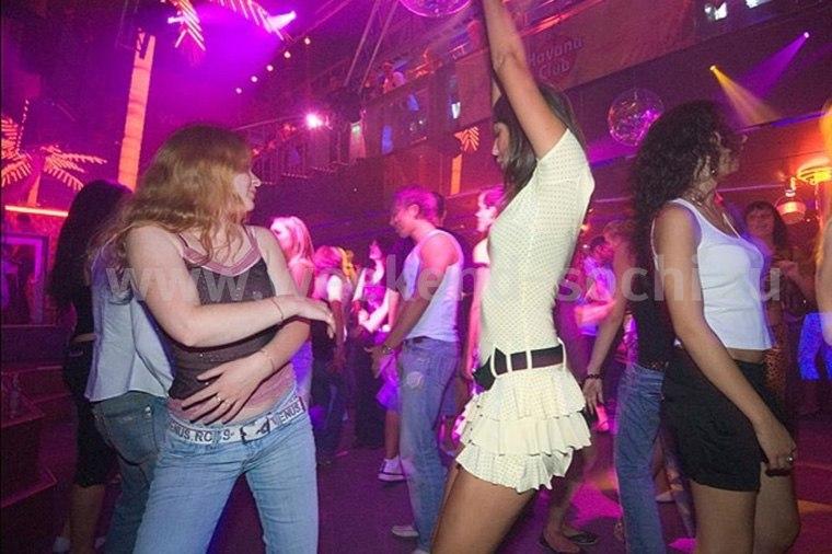 Хабаровский пикапер обокрал девушку после знакомства в клубе