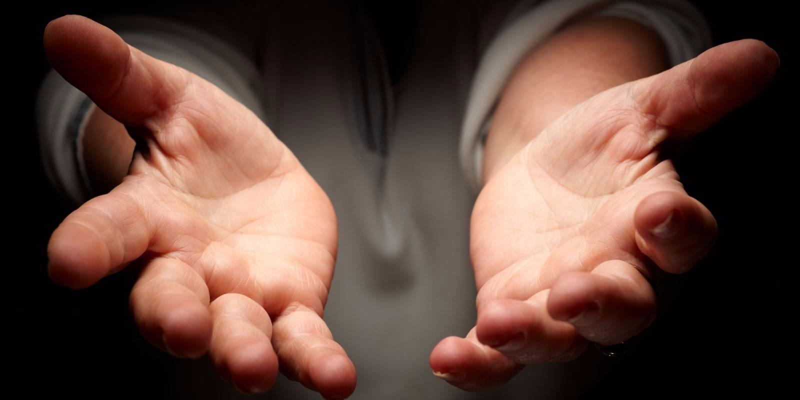 Дающие руки картинки