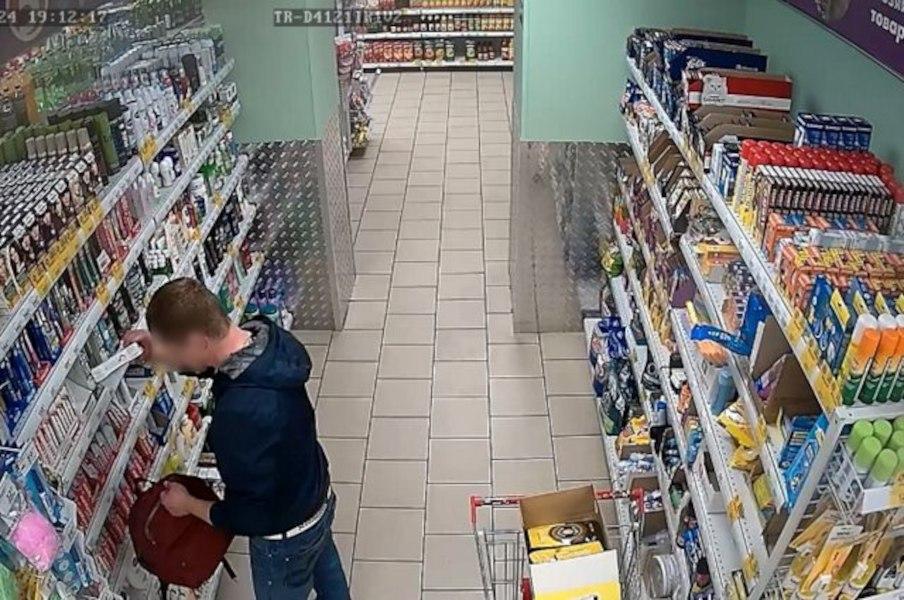 Продукты питания украли в хабаровском магазине