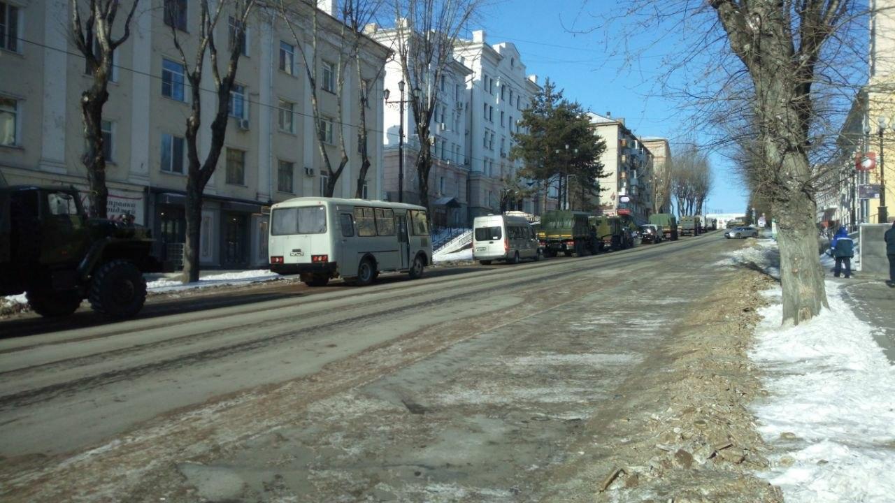 В Хабаровске проходит митинг из-за фильма, который никто не посмотрел
