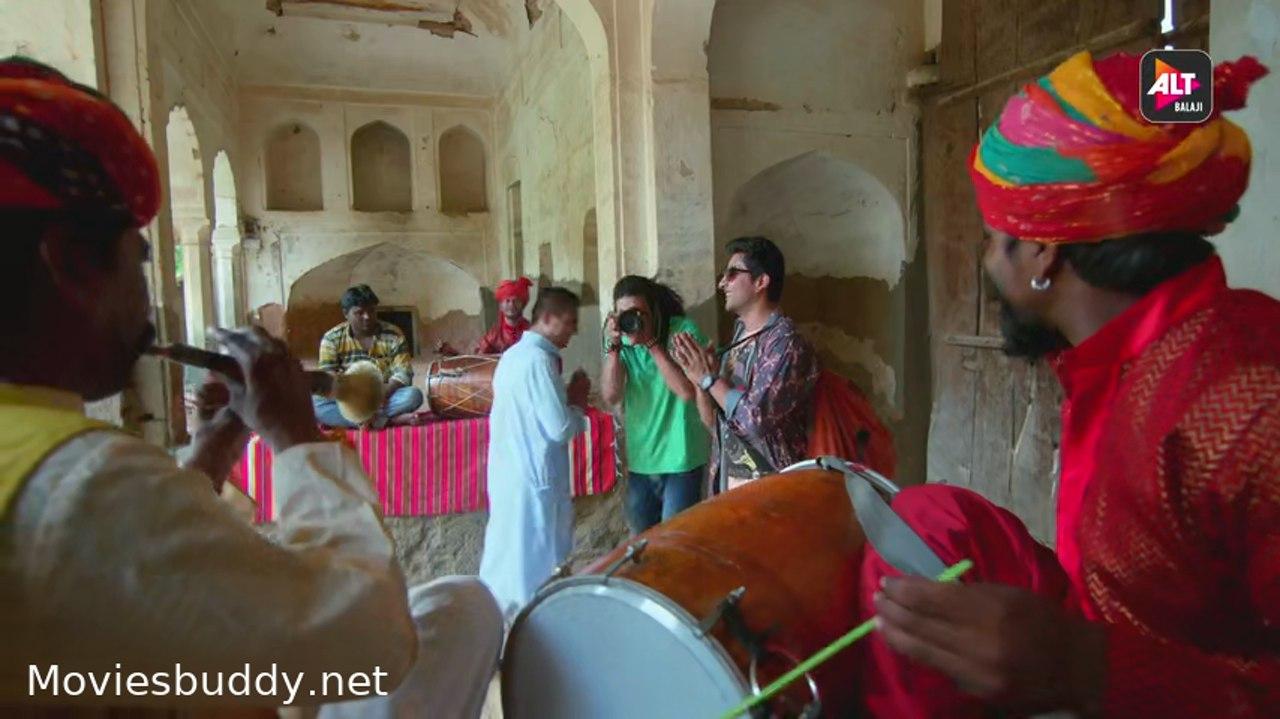 Movie Screenshot of Gandii Baat