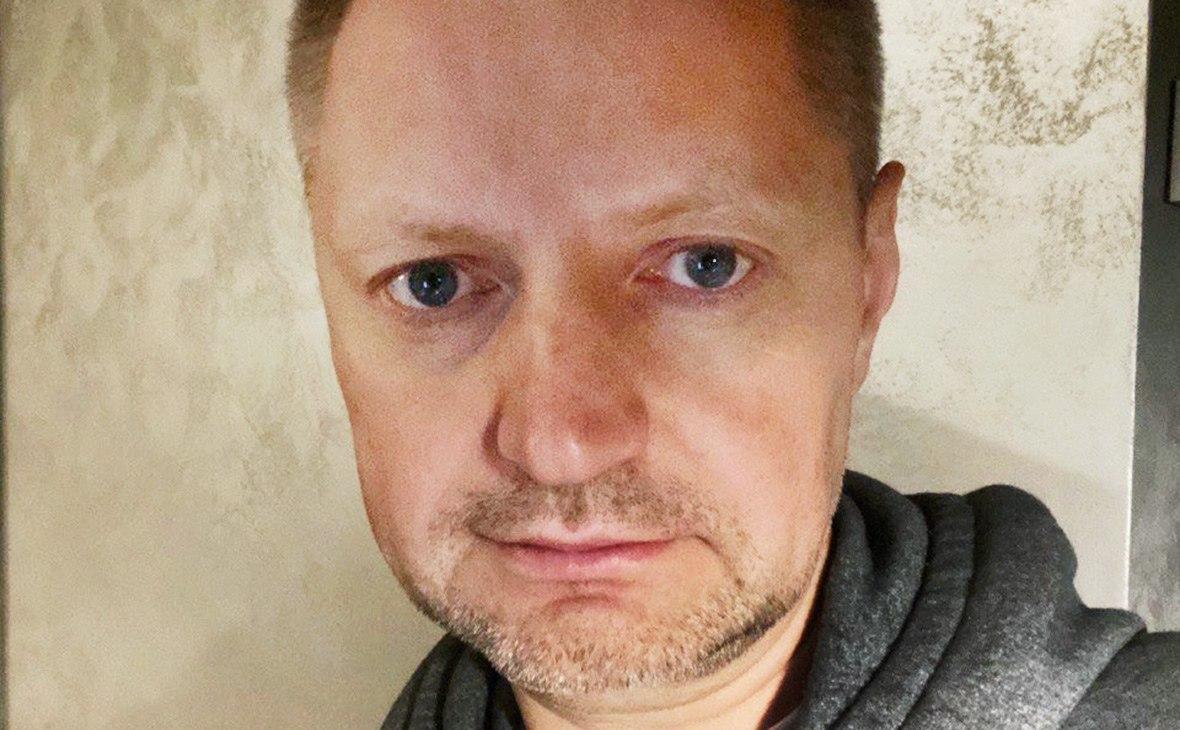 Журналист Алексей Пивоваров заболел коронавирусом, несмотря на вакцинацию «Спутник V»