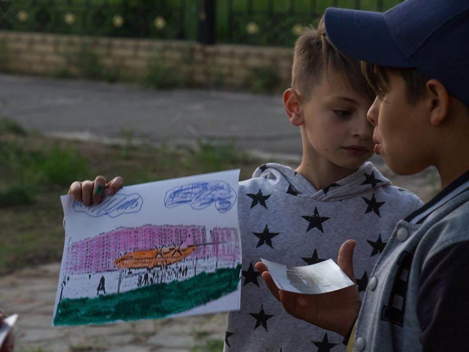 Донбасский дайджест. Родившиеся в ОРДЛО, жизнь в «красной зоне» и книга донецкого пленника